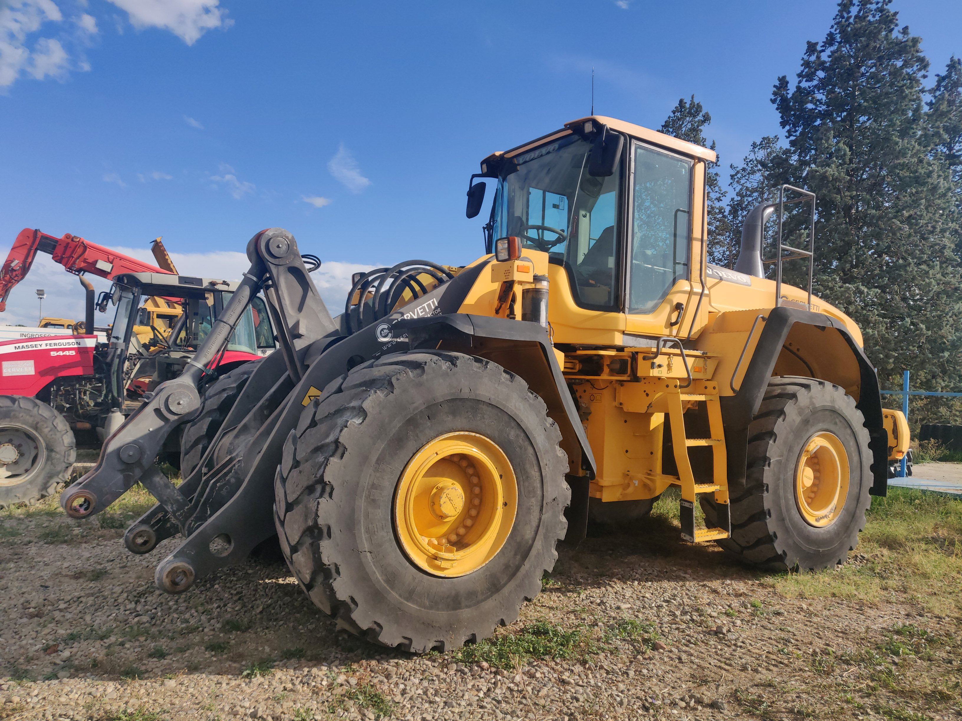 Volvo L150G complete with 3.9 mc bucket