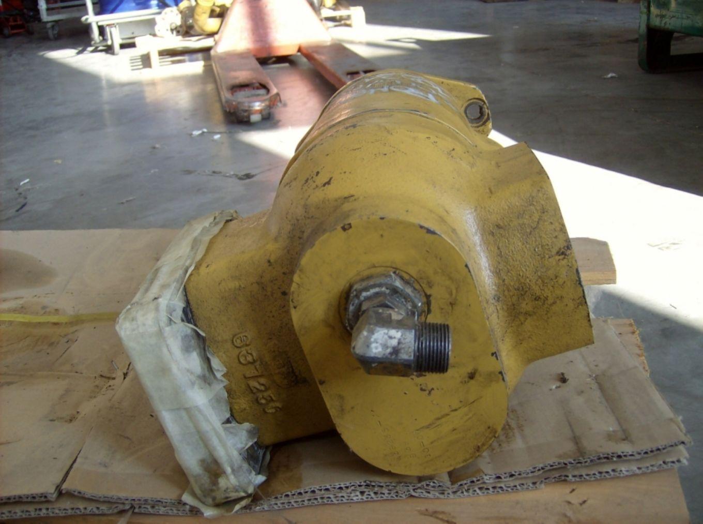 Pompa idraulica principale ad ingranaggi