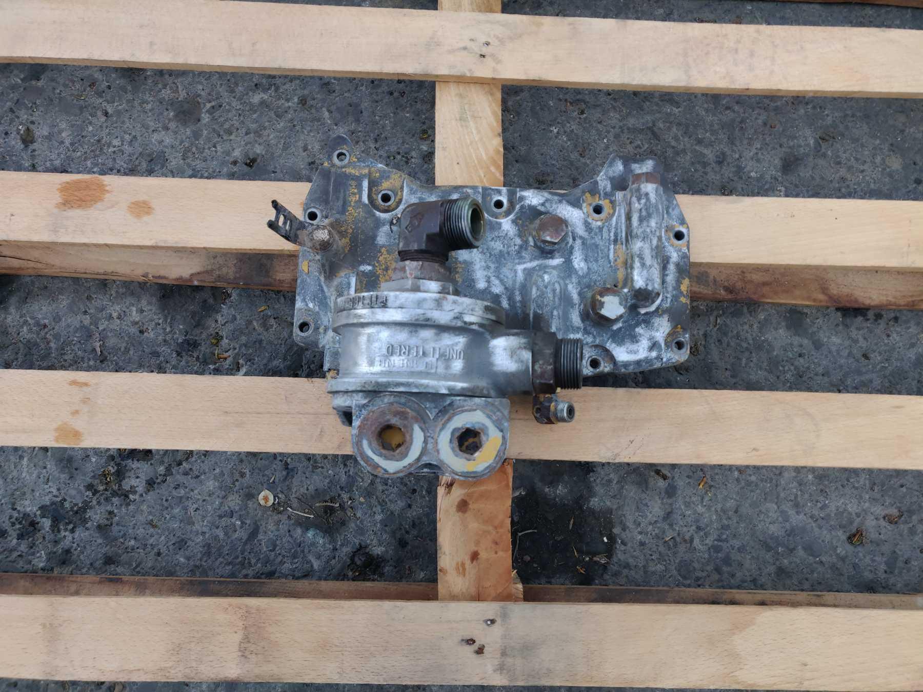 Supporto filtro olio motore