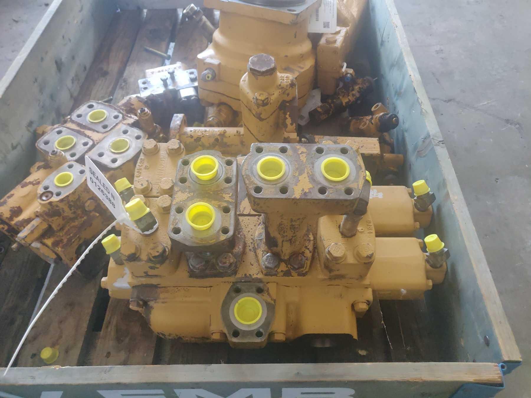 Distributore idraulico